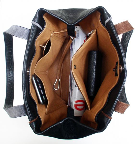 Schultertasche in Leder-Mix mit Krokooptik made in Germany. Classic Viale
