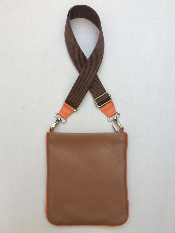 FLAT | Crossbody flach | TWO cognac-greige