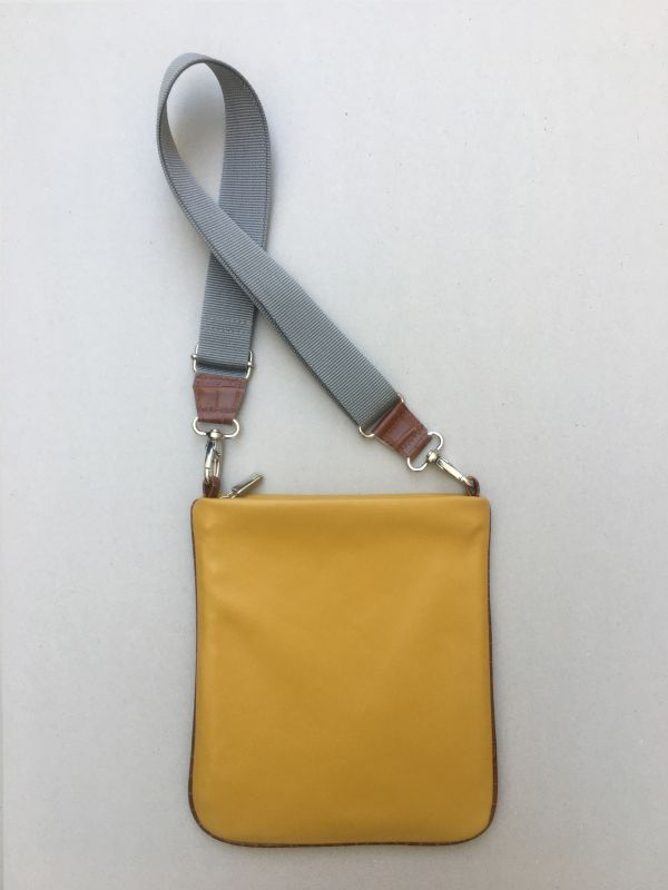 FLAT | Crossbody flach | SOFT curry